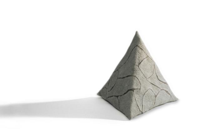 Pyramid, Jean Drysdale, 2017